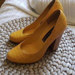 Steven by Steve Madden chunky heels sz 5.5